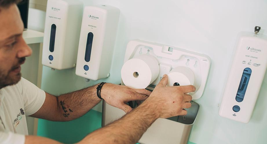 Gengenbach bietet rundum-sorglos-Service für kontaktlose Seifen- und Desinfektionsspender aus Schwäbisch Hall.
